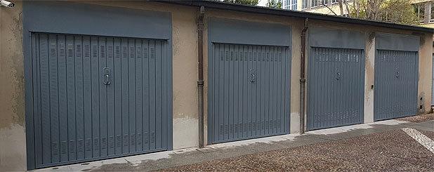 Porta garage a Legnano